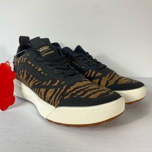 Vans UltraRange Rapidweld Woven Tiger Sneakers
